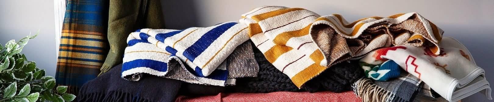 Überwürfe & Decken