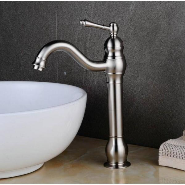 Waschtischarmaturen Antiker 1-Hebel-Loch-Waschtischarmatur Plus Hohes Becken plus hohes heißes und kaltes Kupfer mit europäischem Wasserhahn XT922