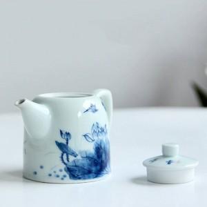 240 ml Porzellan Griff Teekanne Handgemalte Lotus Muster Kung Fu Tee-Set Drink Puer Oolong Tee Wasserkocher Gesendet Freund