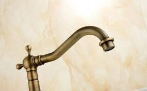 Antike Messinghähne Küchenwirbel Waschbecken Wasserhahn Bad Becken Mischbatterie 9066A