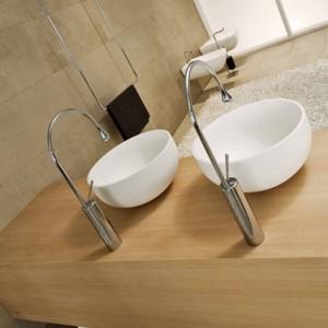 Waschtischarmaturen Moderne Weiße Badarmatur Wasserfallarmaturen Einlochmontage Kalt- und Warmwasserhahn Waschtischarmatur Mischbatterien 88096
