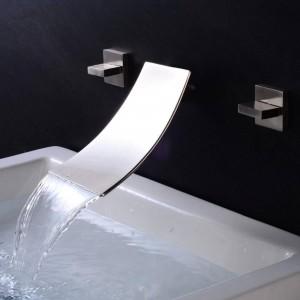 Waschtischarmaturen Wandmontage Wasserfall Wasserhahn Waschbecken Mischbatterie Wasserhahn 3 Stücke Schwarz Wasserhahn Doppelgriff Waschbecken Mischbatterien XR8235