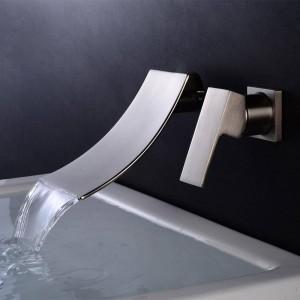 Badewanne Wasserhahn Chrom / Schwarz Messing Wandhalterung Wasserfall Bad Wasserhahn Big Square Auslauf Einhebel Waschtischmischer A1007