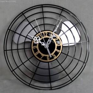 Meistverkaufte Produkte Antike Elektrische Ventilator Wanduhr Continental Retro Ventilator Uhren Tisch Kreative Wanduhr Stumm