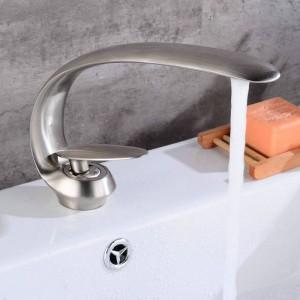Chrom poliert neu Kunst Becken Wasserhahn Messing Auslauf Badarmaturen heiß kalt Mischbatterie Wasserfall Armaturen Kran 9127C