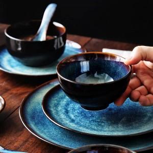 KINGLANG 2/4/6 Personen Geschirrset Japanisches Geschirrset Haushaltskeramik Geschirrset Glasurfarbe Pfauenmuster Schüsselset