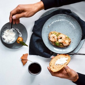 KINGLANG Japanisch designtes Keramikgeschirr Set Procelain Teller Set Restaurant Bowl Dish Mug QINGX