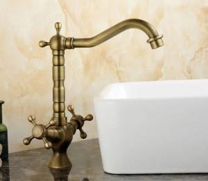 Kitchen Sink Waschbecken Wasserhahn Mischbatterie Antique Brass Finish Swivel Doppelgriff