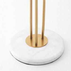 Neue klassische kreative 3 Köpfe Stehlampen überzogener Goldmetallglanz Hotellandhaus Luxus-Deko LED Stehlicht Marmor