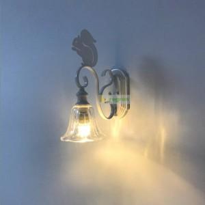 Nordic niedlichen Eichhörnchen Wandleuchte kreative moderne Persönlichkeit Kinder Wandleuchte Wandleuchten Treppenhaus Gang Schmiedeeisen LED-Lampen