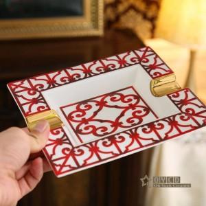 Porzellan Aschenbecher Knochen rot Merkmale Design Umriss in Gold Rechteckform Dekoration liefert Geschenke