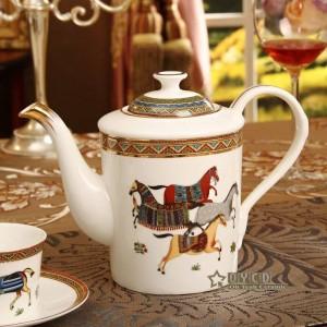 Porzellan Kaffee-Set Knochengott Pferde Design Umriss in Gold 15er Europäischen Tee-Set Kaffeekanne Kaffeekanne Tasse Untertasse Set