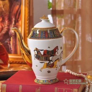 Porzellan Kaffee-Set Knochen der Frau Kopf Design rote Farbe Umriss in Gold 15pcs Kaffeetasse Set Kaffeekanne Kaffeekanne