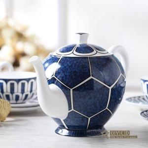 Porzellan Kaffee-Set ultradünne Knochen Mode Heimtextilien Muster Design Umriss in Gold 15pcs europäischen Tee-Set Topf