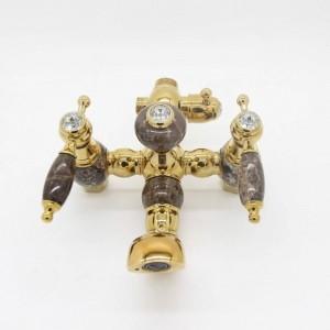 Einfache und großzügige europäische Gold und Kupfer Bad Wasserhahn heißen und kalten Marmor Badewanne Duscharmatur LAD-401