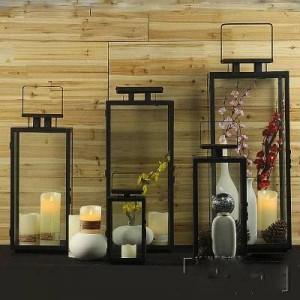 Einfache moderne europäische Retro Schmiedeeisen Glaskerzenhalter im Freien winddicht Wind Lampe tragbare Lampe Hochzeit Requisiten Pferd Lampe