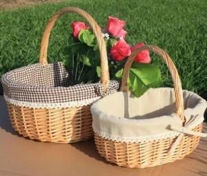 Tragbarer Obstkorb des Weidenrattankorbs Picknickkorbei und Blumeneinkaufsgeschenkkorb